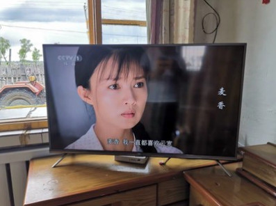 TCL 43V2好不好
