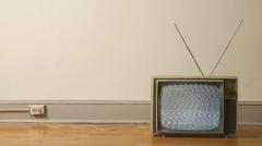 """电视屏幕上的""""雪花""""是什么? 与宇宙大爆炸有什么神秘的联系"""